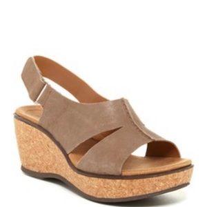 NWT CLARKS Rosemund Dune Leather Sandals Wedges